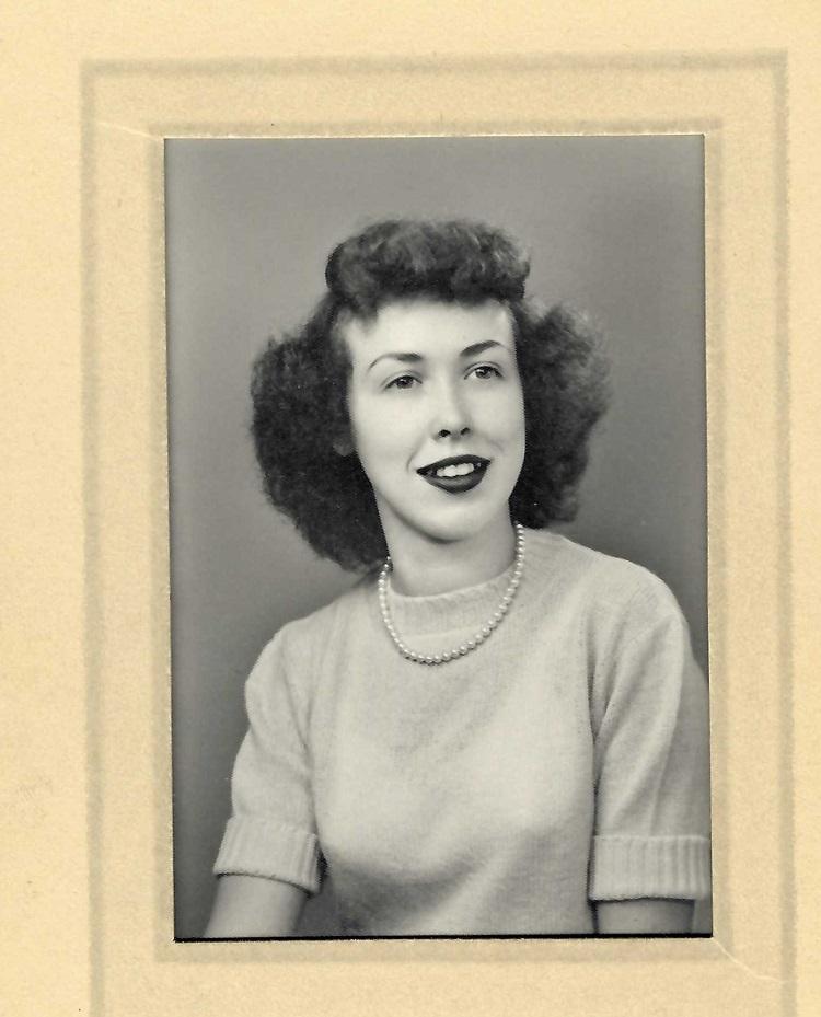 Obituary -- Molly Fuhrman Smith