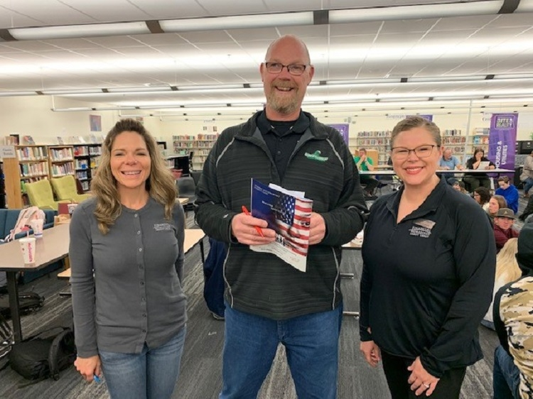School District mandates personal finance class – Lund receives grant